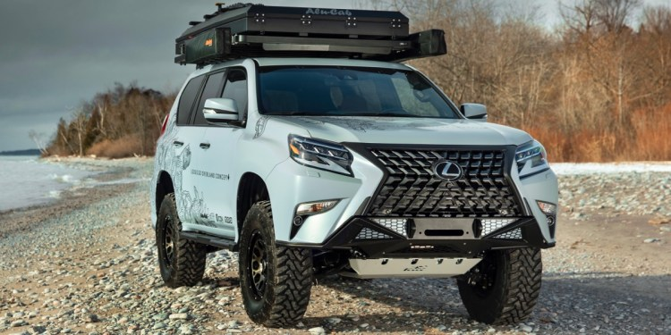 Lexus RX four-wheel driving Overland