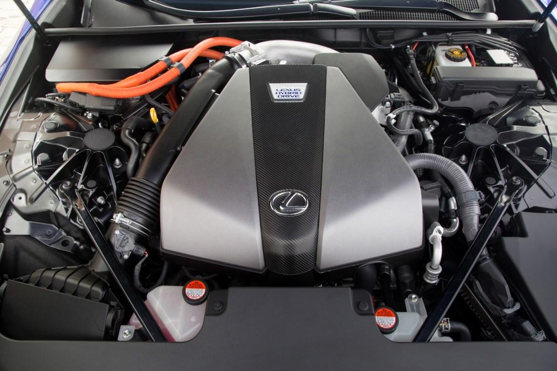 Toyota Lexus hybrid V6 LandCruiser