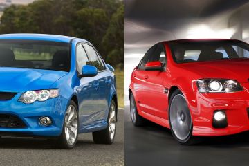 Ford vs Holden blue red