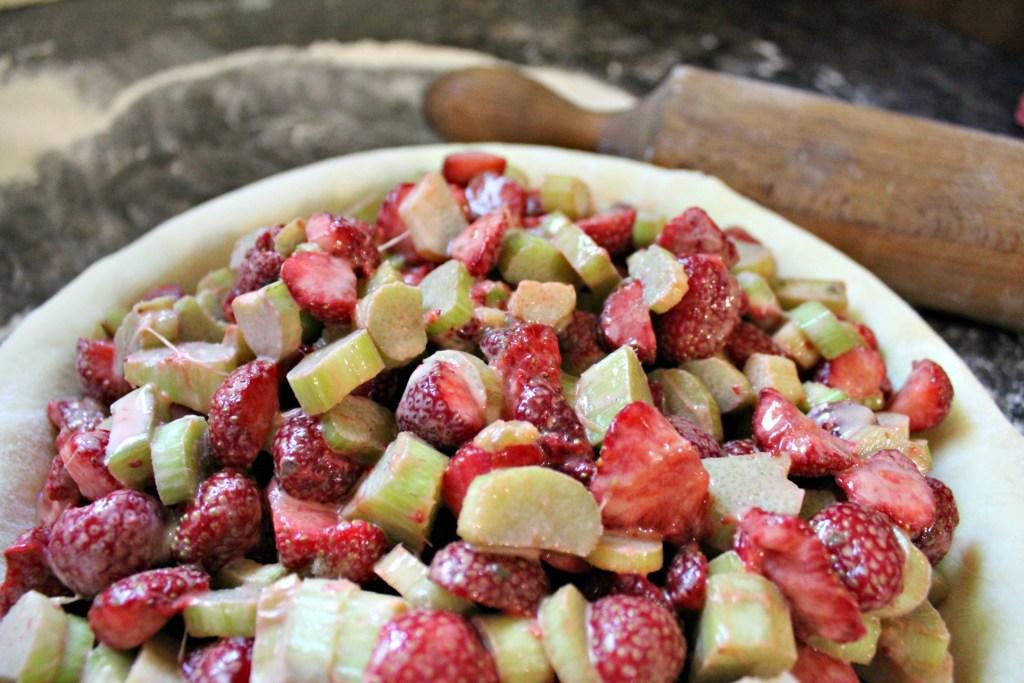 Strawberry Rhubarb Pie Filling