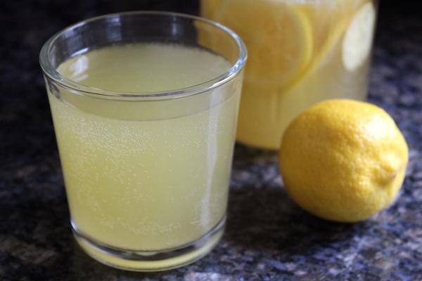 Traditional Finnish Fermented Lemon Soda (Sima) ~ Naturally fermented honey lemon soda, or quick mead