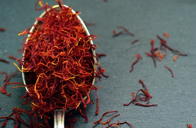 Preserving saffron
