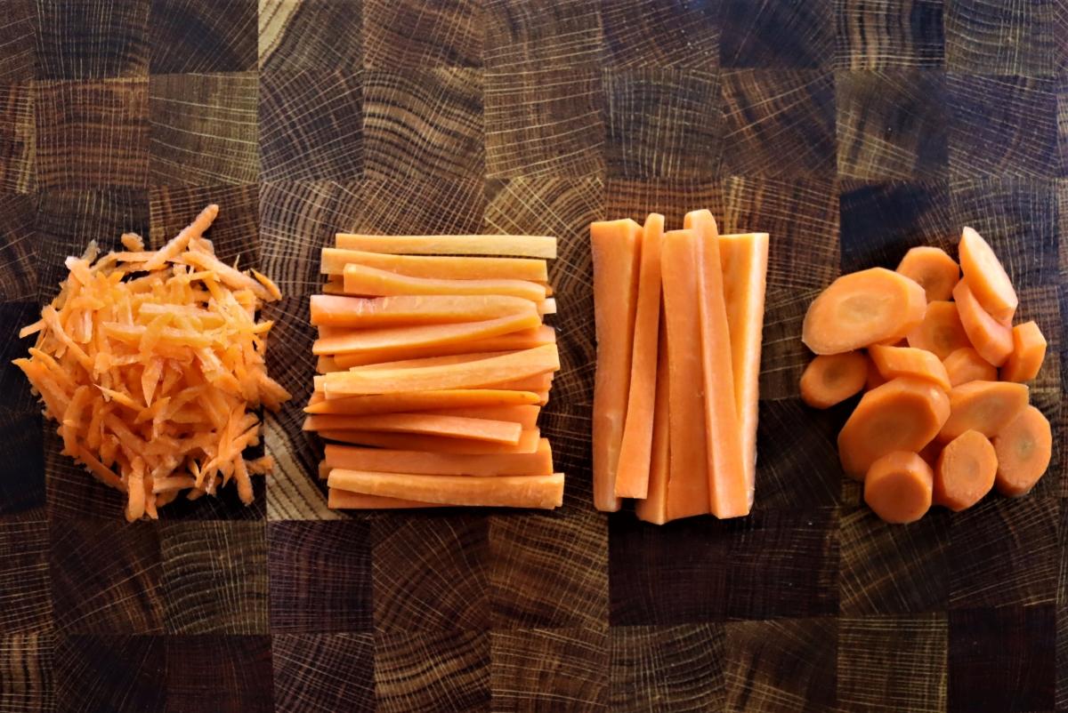 Carrot Slices for Pickling