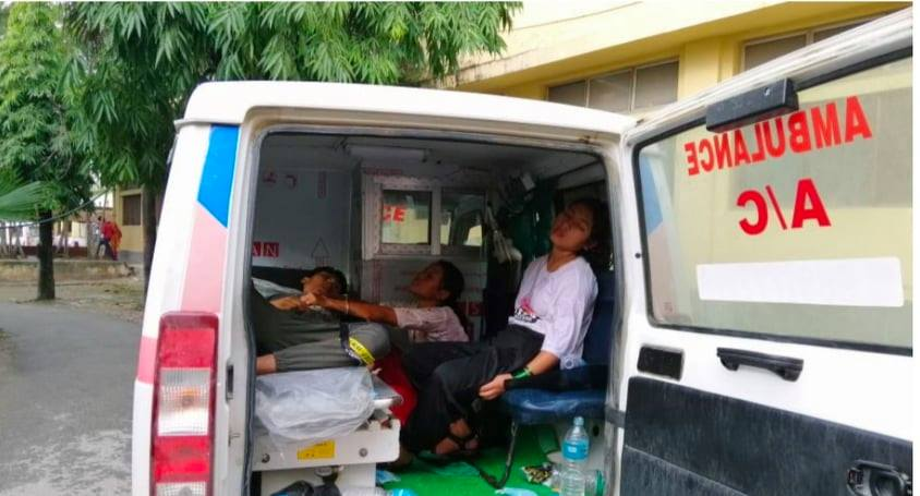 नोबल र कोशी अस्पतालले उपचार गर्न नमान्दा उदयपुरका पदम राईको एम्बुलेन्समै मृत्यु