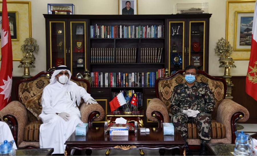 प्रधानसेनापति थापा र कतारका राजदूत मोहम्मद अलहेलबीच शिष्टाचार भेटवार्ता