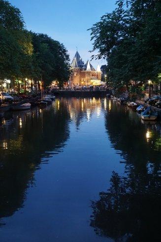 photos_and_videos/Amsterdam_10156645001931869/37856342_10156645020421869_2888033917904879616_o_10156645020416869.jpg