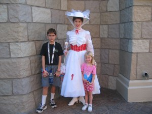 mary poppins pose