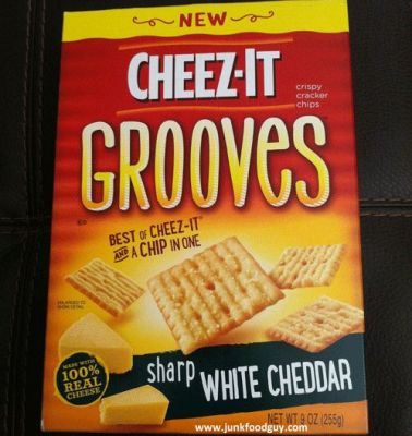 Cheddar Jack Cheezits Grooves