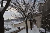 _Prague_bench_winter_2