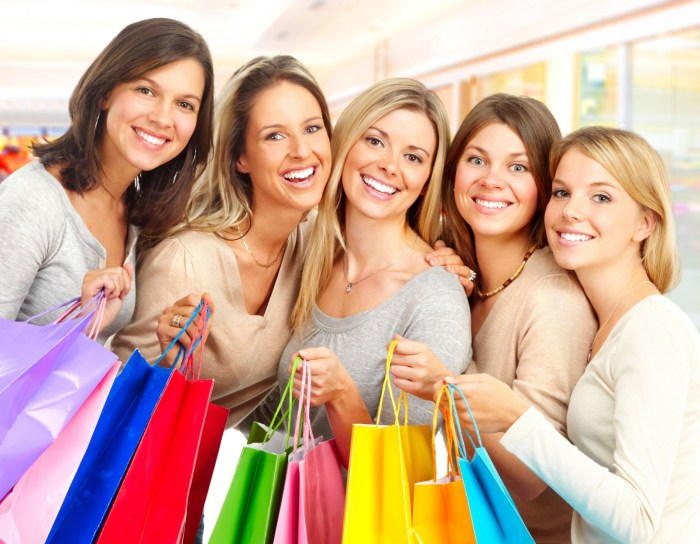 Five Reasons Why Women Love to Shop