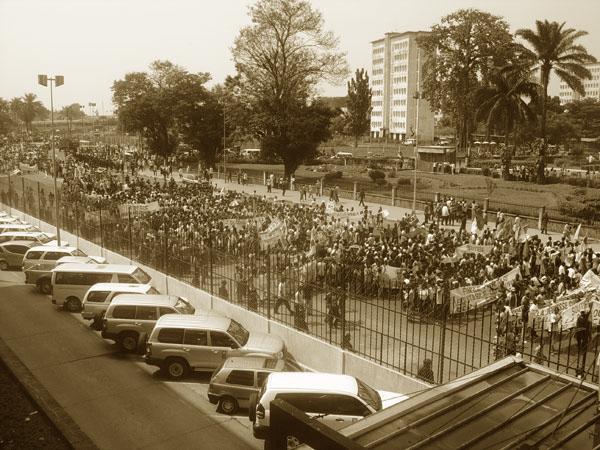 Demonstrators before the D.R.C's 2006 election: Kinshasa, DRC