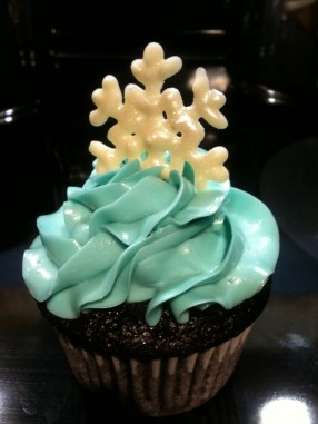 """My first ever """"fancy"""" cupcake - Christmas 2011"""