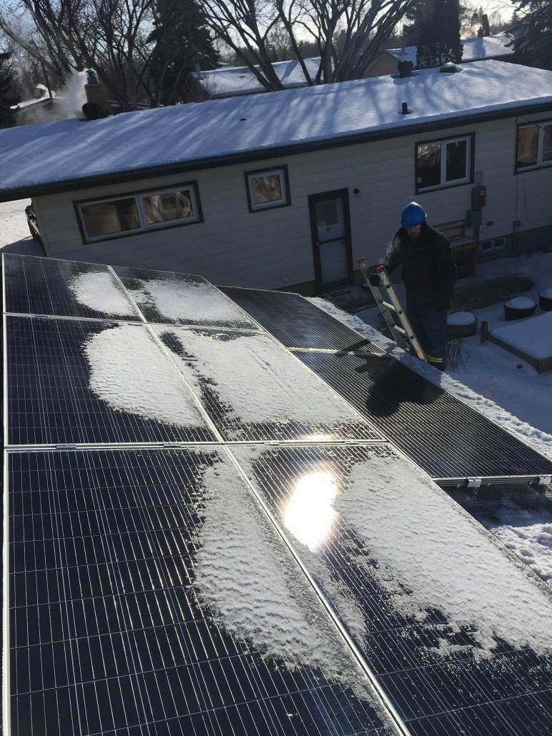 solar installation in saskatchewan-PSS