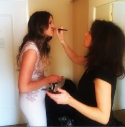 Kendra doing Sosie Bacon Makeup