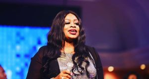 [MUSIC] Sinach – I Fly