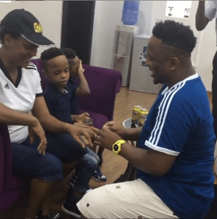 Romantic! Gospel Singer Eben Proposes To Wife Jahdiel For The Second Time