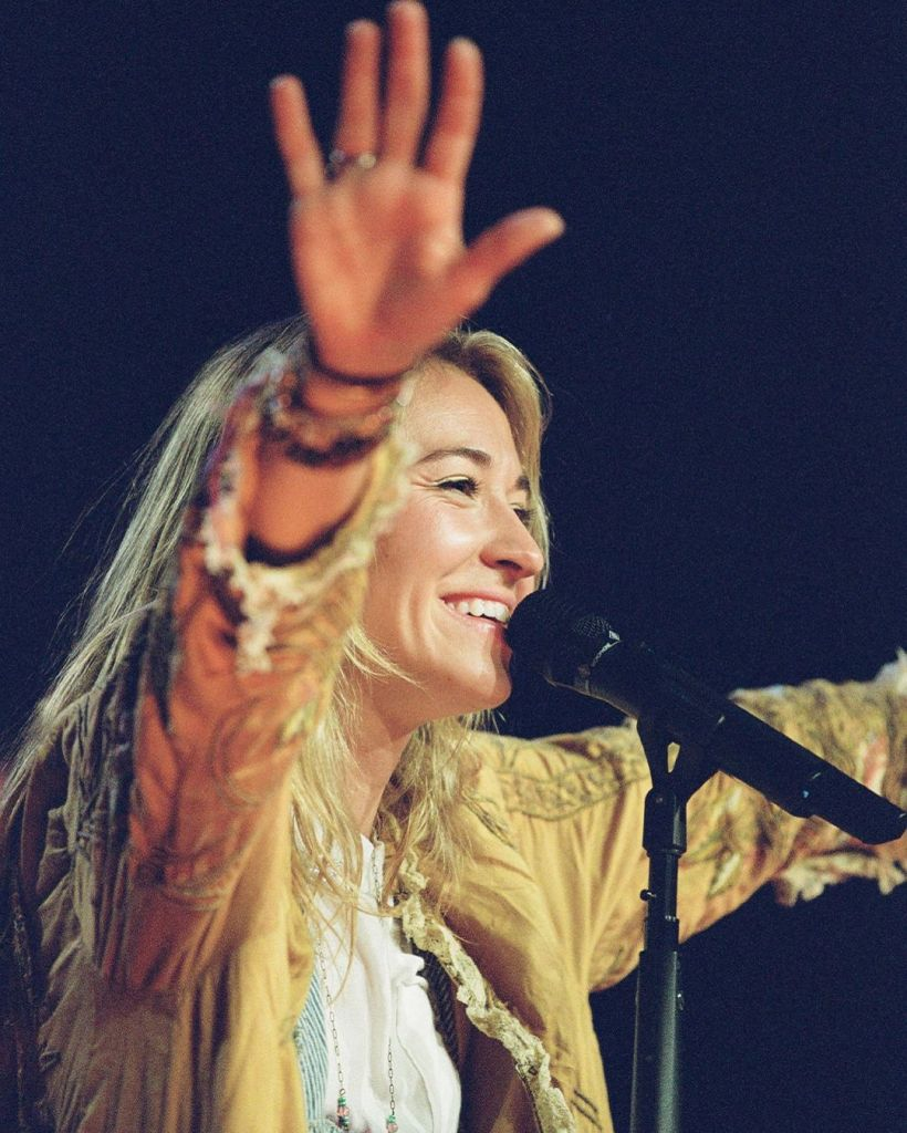 """Lauren Daigle Offers Up live Video for """"You Say"""" from Autumn Nights"""