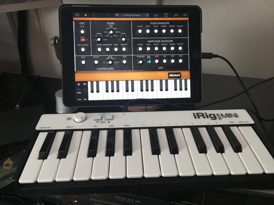 Syntronik iPad