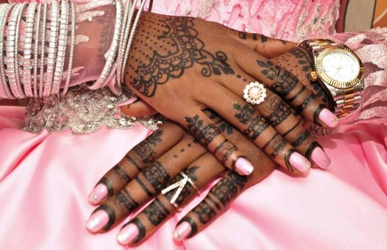 Hands of a Muslim Bride