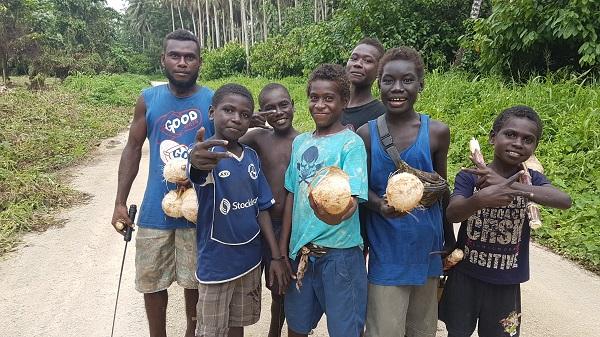 Bouganiville children