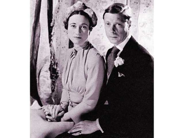 duke-Windsor-duchess-photograph-Cecil-Beaton-June-3-1937