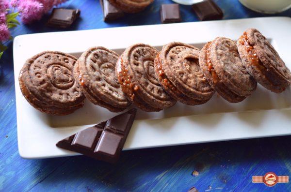 biscuiti de casa cu crema caramel9