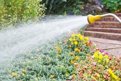 κήπος-πότισμα-κατανάλωση νερού