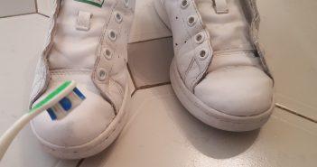 Πως θα καθαρίσουμε τ' αθλητικά παπούτσια χρησιμοποιώντας …οδοντόκρεμα!