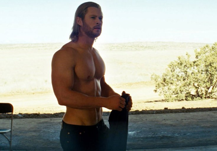 acd6d67d-c5b9-4515-809d-866cd52425cb_thor-shirtless