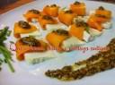 Ensalada de queso fresco, mango y vinagreta de mostaza a la antigua