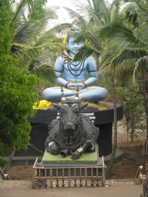 Mahadev & Nandi in front of Kadsidheshwar Temple
