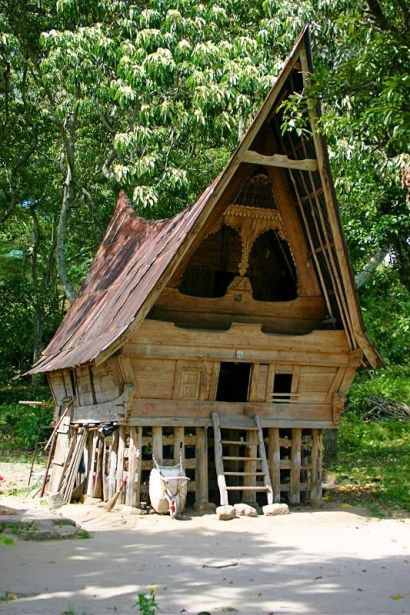 rumah adat bolon, rumah adat sumatera utara bolon