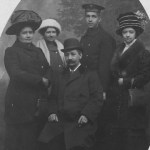 v.l.n.r.: Emilie Schaaf, Tochter Maria, Ehemann Carl, Sohn Karl und Tochter Rosa