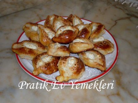 Peynirli Mini Pideler