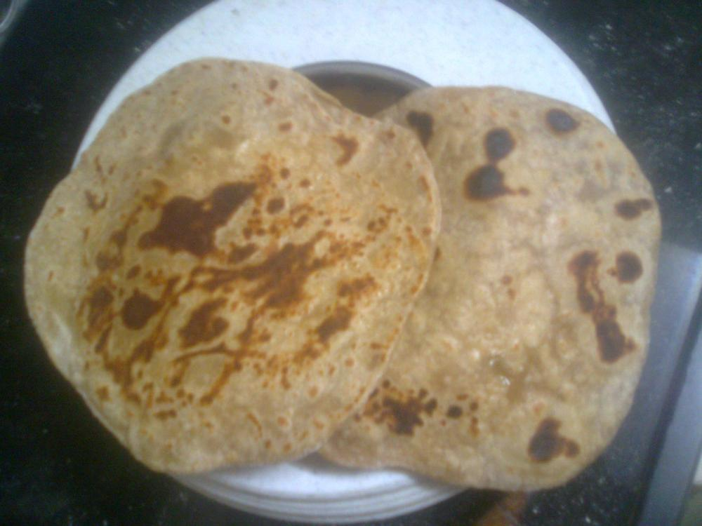 The making of my first 'Chapati' (3/4)