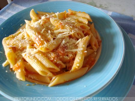 Penne & Tomates
