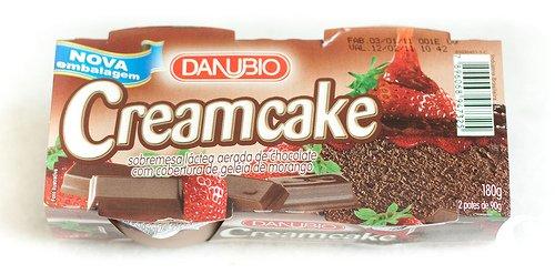 Danubio: Creamcake Chocolate com Geleia de Morango