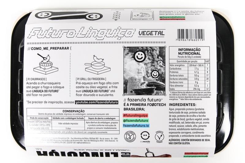 Embalagem da linguiça vegetal com tabela nutricional e ingredientes