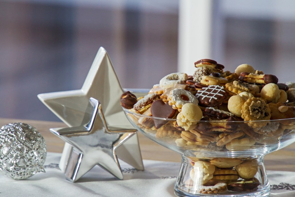 Easy Recipes for Healthy Christmas Snacks