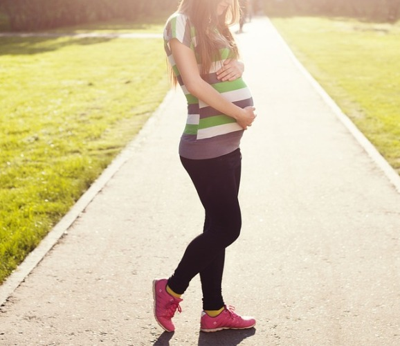 Pregnancy Fashion Tips to Look your Best