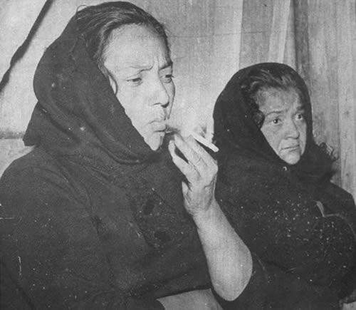 María de Jesús y Delfina Valenzuela