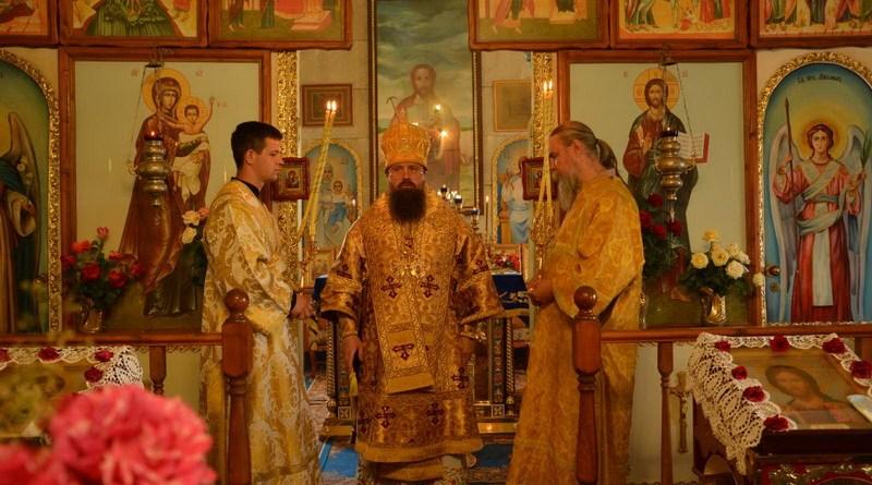 Викарный епископ совершил визит в Меловское благочиние