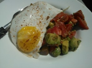 Day 221: Clare´s Frikkin´awesome Fried egg, avocado and potato hash