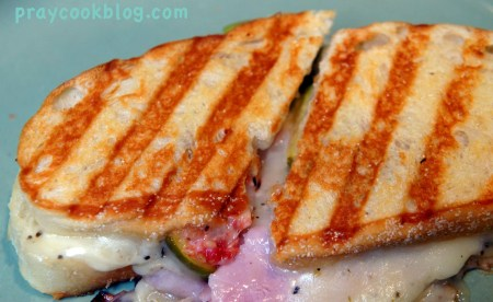 ham fig cheese upclose