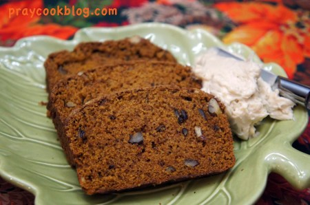 sliced upclose pumpkin bread