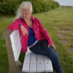 linda-yates-bench-2012