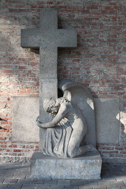 crossangel2.jpg