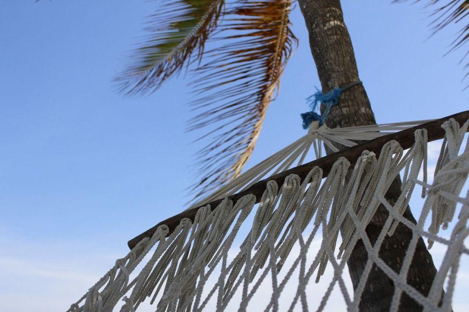 beach-404252_1280