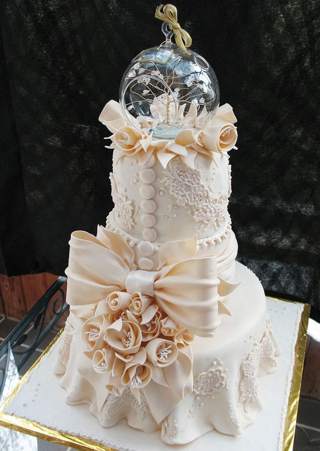Crazy Beautiful Wedding Cakes Wedding Cake Cake Ideas By