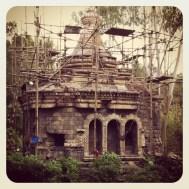 GIANT MONKEY TREEHOUSE